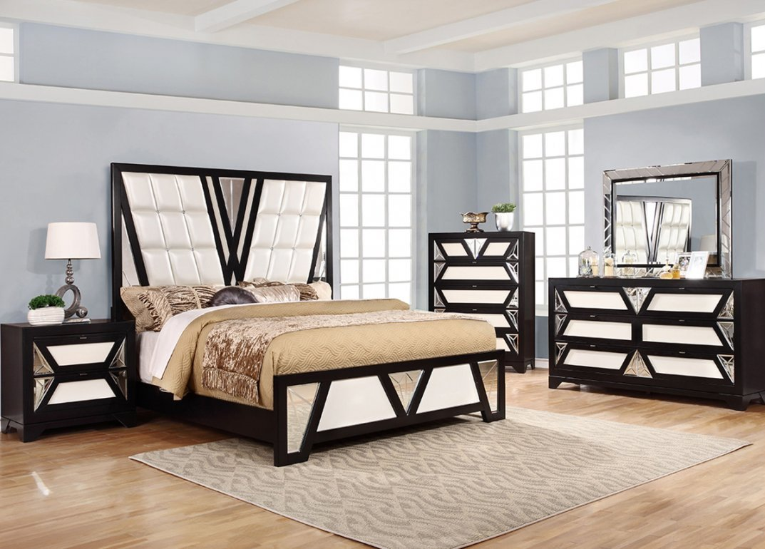 Ultra Modern with Geometric Designs 5 Piece Bedroom Group