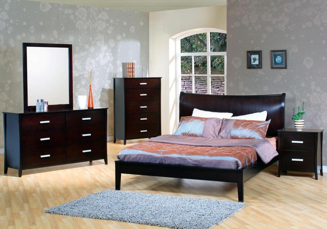 Stuart Queen Bedroom Group2